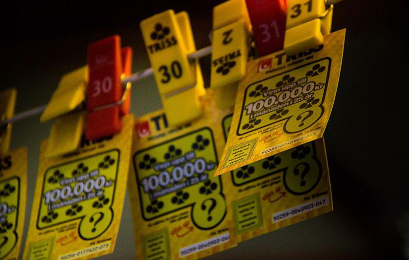 Skrap lotter på webben